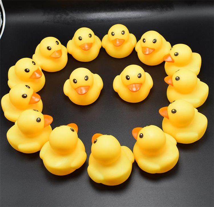 Alta Qualidade Babatório Banho Duck Duck Toy Sounds Mini Amarelo borracha Patos Banho Pequeno Pato Brinquedo Crianças Natação Beach Presentes Bath Brinquedos GC50