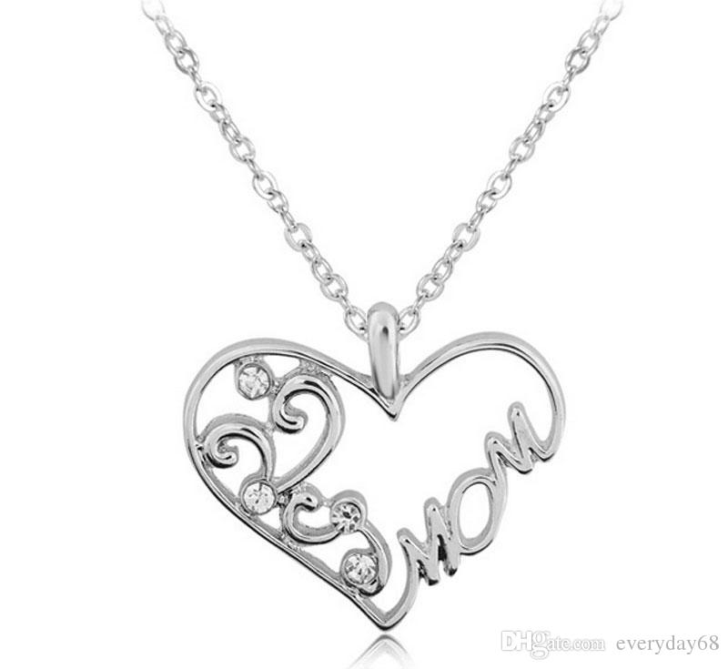 """2017 Fashion Korean Mother and Child Love """"Mom"""" Crystal Pendant Necklace Mother's Day Gifts Sweater Chain Necklaces For Women"""