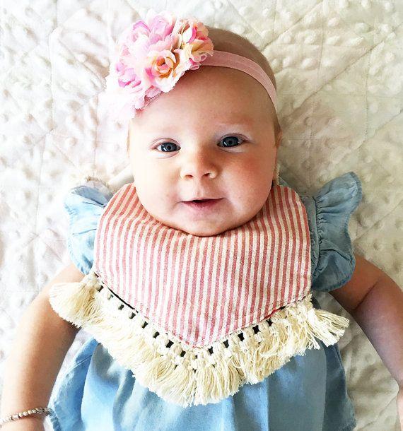 INS Bebek pamuk önlükler Bebek Çocuk Geğirmek Bezler üçgen binder kız erkek Şerit Nokta Ağız önlük ile püskül çiçek ayarlanabilir Önlükler