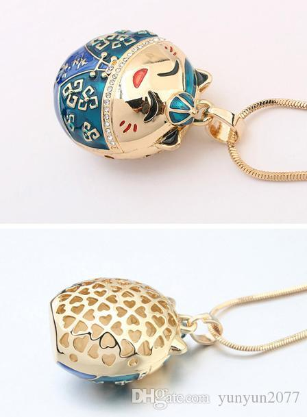Fashion Design Inspiration Accessories Fine Jewelry Crystal Vintage Retro Lucky Cat Hello Kitty Pendant Charm Sweater Necklaces For Women
