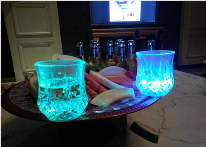 Plastic Colorful Flashing Led Cup Wine Shot Glass Luminous Cup Neon Cup Birthday Party Bar Wedding Beverage Wine Mugs