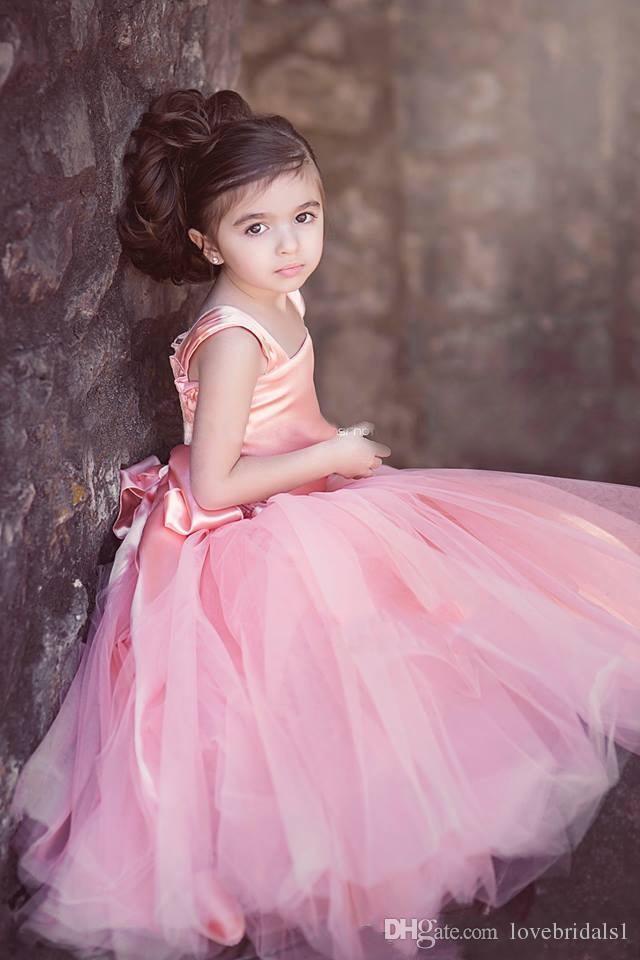 Vintage Blush Rose Tulle Longueur De Plancher De Bal Robes Des Robes De Fille De Fleur pour le Mariage Enfant Première Communion Robe Square Fleurs Fait À La Main Arc