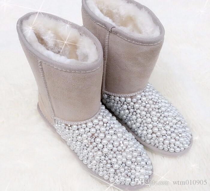 Yeni kışlık botlar, botlarda el yapımı inci, peluş kışlık sıcak botlar içinde yüksek tüp, dış ticaret inci yarım botlar boyutu 35-42 EUR