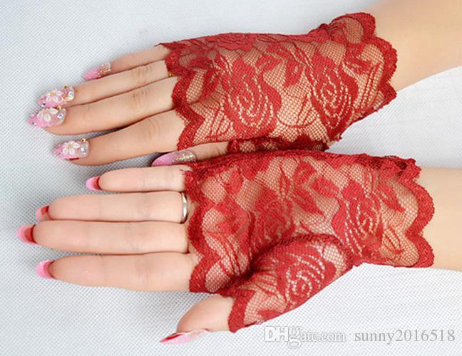 Guantes atractivos del cordón del hueco de la manera flor de Rose Rosa Negro para las mujeres de la señora partido del traje de seda Guantes sin dedos de conducción a prueba de rayos UV