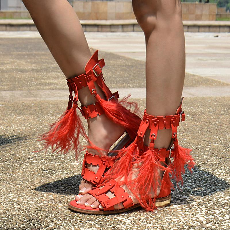 2017 new summer collections full leather tassel sandals women flat heel feathers hollow out gladiator dress sandals fashion graduation shoes