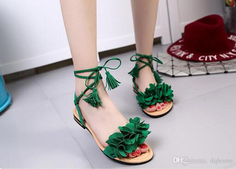 Новые Женские сандалии с кисточками и кисточками Летние женские плоские низкие летние туфли женские Черные красные зеленые шлепанцы