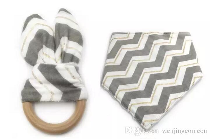 12 Stili New Baby Bibs + Anello Dentizione Denti Stick 2 PZ Set 100% cotone fibra di bambù Bibs Bibs Bibs Anello dentizione Anello Dentizione in legno Allenamento dentizione