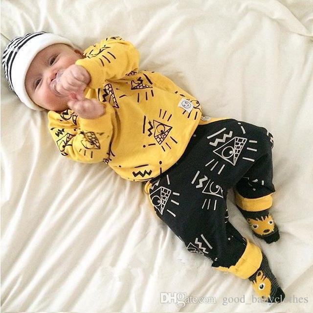 Nuovi arrivi vestiti bambini Marca Fit primavera autunno giallo baby boy vestiti 2 pezzi .. tuta sportiva 2017
