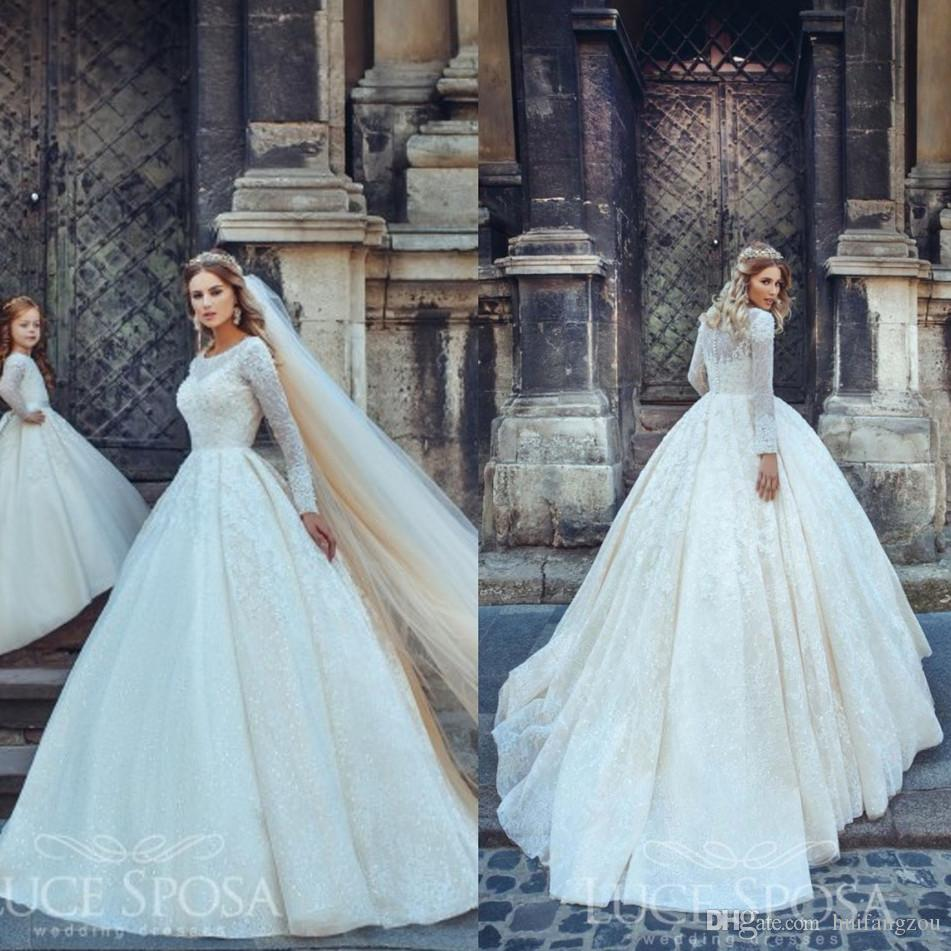 Vintage 2017 Lace Ball Gown Wedding Dresses Appliques Beaded Sequins Long Sleeve Wedding Gowns Sweep Length Button Back Bridal Ddress