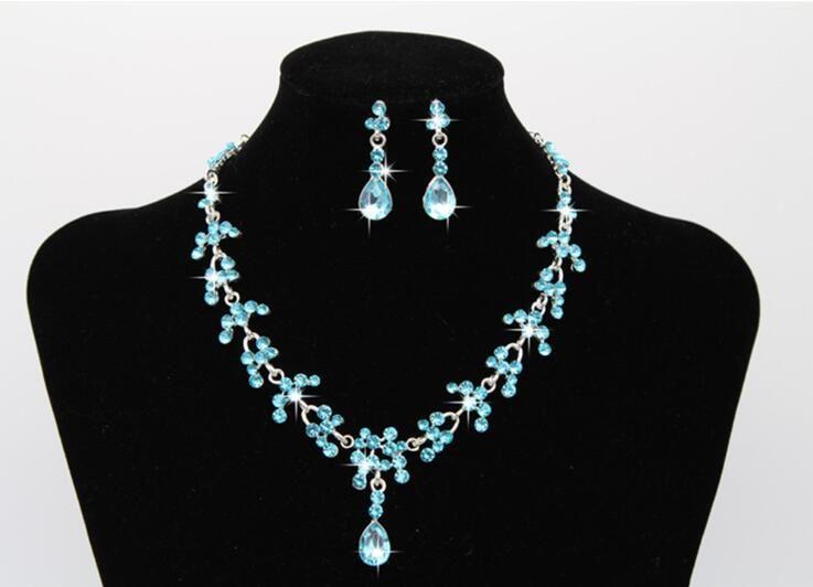 Elegante conjunto nupcial de joyería de boda Waterdrop mujeres niñas Prom Rhinestone collar y aretes de cristal para fiesta