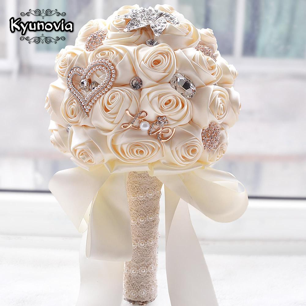 2018 In Stock Stunning Wedding Flowers White Bridesmaid Bridal