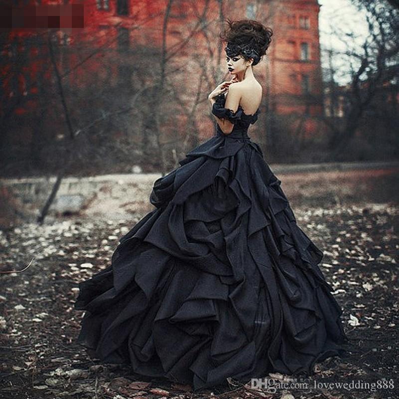 2019 Sexy Black Gothique Robe De Bal De Mariage Robe De L'épaule À Paliers Plissée Dentelle Victorienne Robes De Mariée Plus La Taille Corset Robe De Mariage