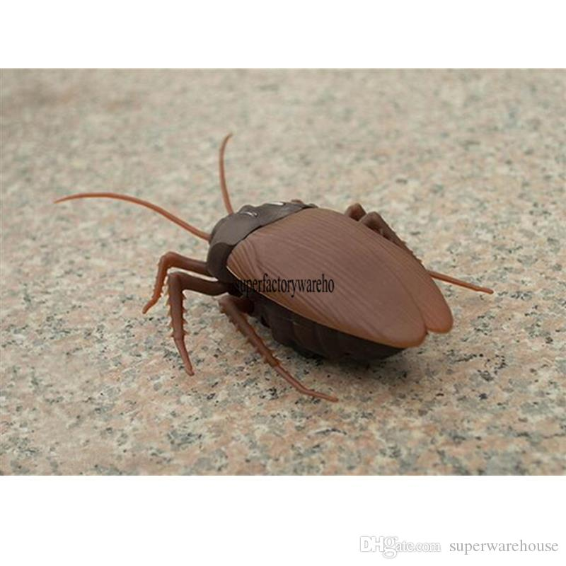 Tricky toys remote control cockroaches adult creative novelty spoof the whole person infrared scary toys