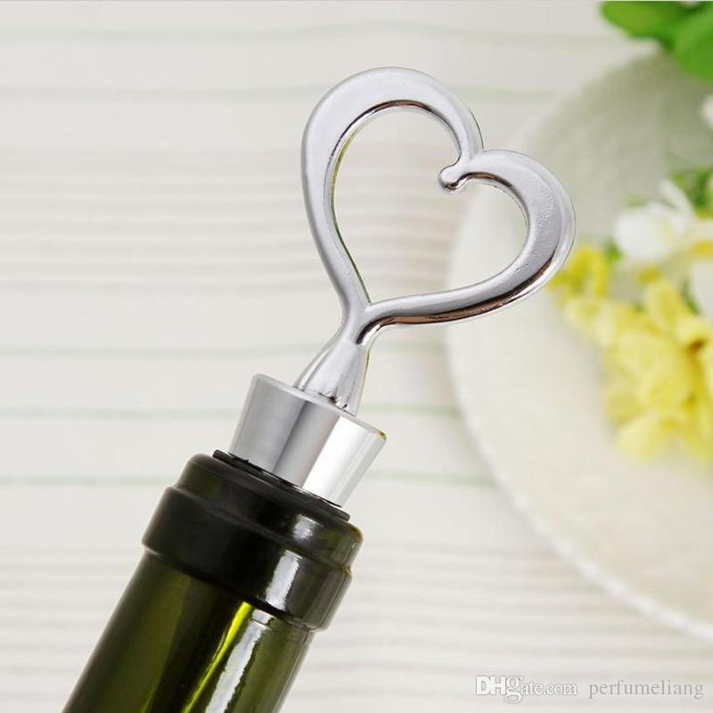 Forme de coeur Couple bouteille de vin tire-bouchon et Bouchons Ensembles Faveurs de mariage Cadeaux fête souvenirs F2017259