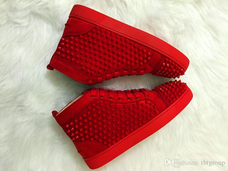 Mejor tachonado Spikes fondo rojo zapatillas de deporte de cuero de lujo zapatos de los planos diamantes de imitación para partido de las mujeres de los hombres de diseño de los amantes de las zapatillas de deporte zapatos casuales