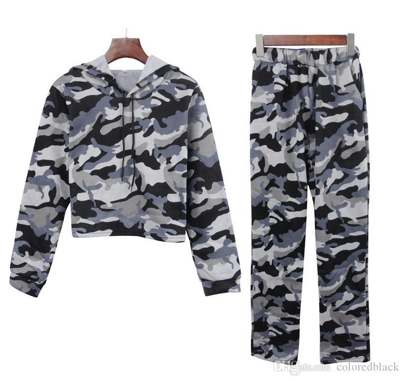 2017 Outono E Inverno Novo Estiloso Hoodies Moletom Com Chapéu E Porket Camuflagem Curto Superior Outer Garment E Calças