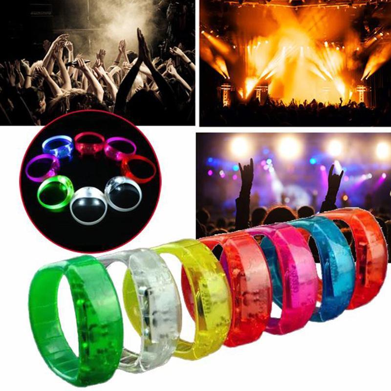Música Ativado Controle de Som Levou Piscando Pulseira Light Up Bangle Pulseira Clube Partido Elogio Luminoso Mão Anel Brilho Vara OTH662