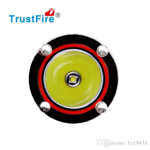 Professional Scuba Diving LED Flashlight Classical Diving Flash Light High Power Torchlight 650 LM Magnetic Control Switch Rechargeable Lamp