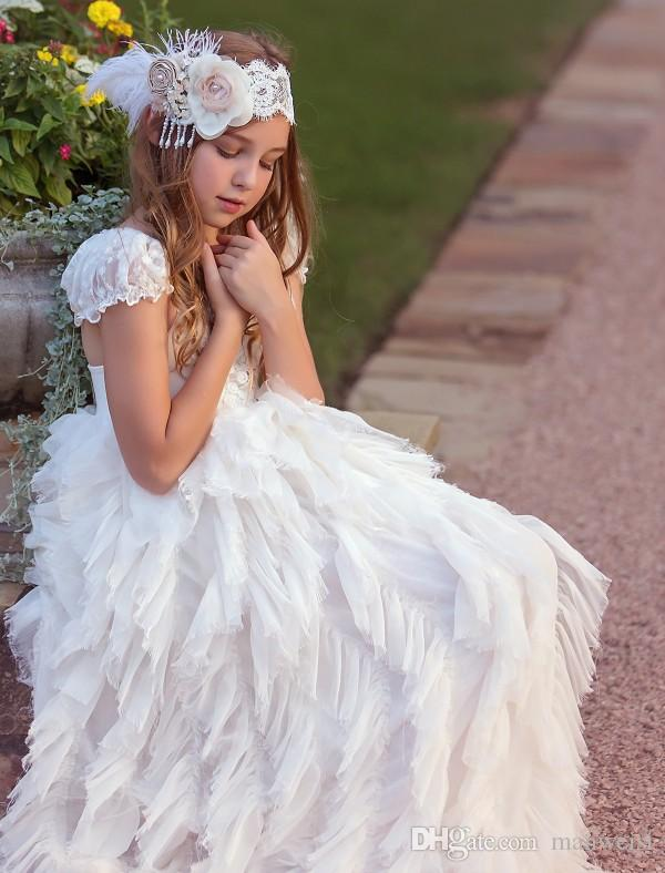 Cheap White Flower Girl Dresses For Weddings Tiered Ruffles Lace Appliqued Beads Tutu Boho Vintage Beach Little Baby Gowns for Communion