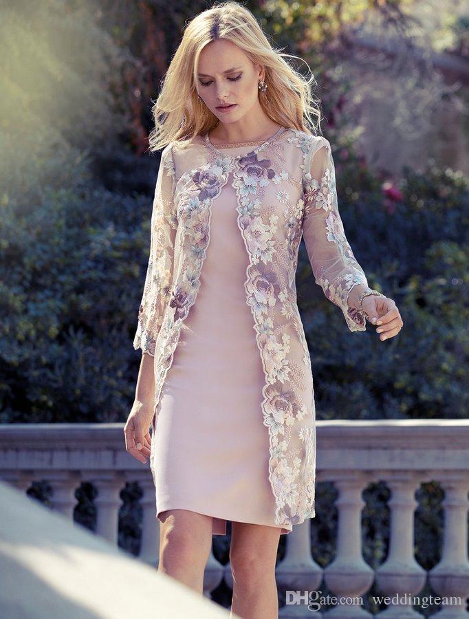 Comprimento elegante do joelho Mãe dos vestidos da noiva com casaco de renda Bateau Neck Flower Vestido de convidados de casamento Plus Size Bainha Short Evening Gowns