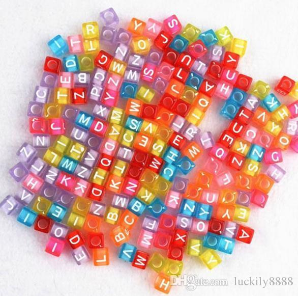 Navio livre Mixed Alphabet Letter Acrílico Plana Cube Spacer Beads 7mm
