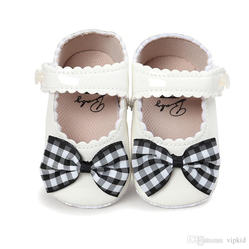 2017 new style multicolor reflect light classics Baby girl First Walkers soft bottom skid First Walkers
