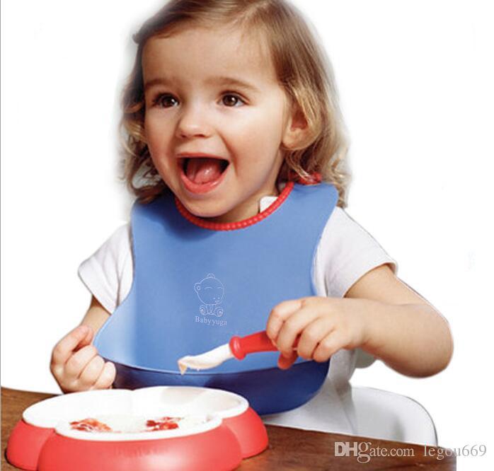Attraente e di salute Neonati Bambini Carino Bavaglini in silicone Bavaglino pranzo Carino Bavaglino pettorali impermeabile bavaglino asciugamano baberos G229