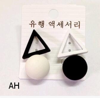 Mujeres perlas coreanas mezcla asimétrica color triángulo redondo bola empalme simple pendientes del todo-fósforo del perno prisionero del aro del oído