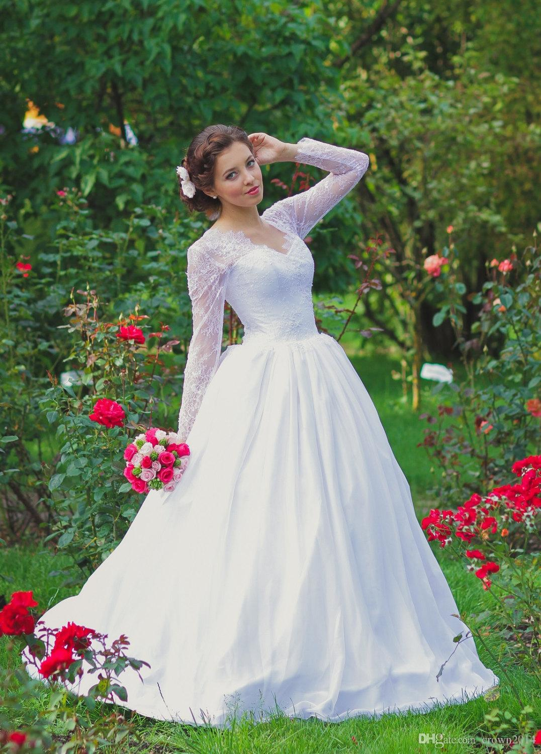 Vintage Ball Gowns White Wedding Dresses 2019 with Lace Corset Beaded Illusion Long Lace Sleeve Lace Up Back V Neck Tulle Skirt Bridal Gown