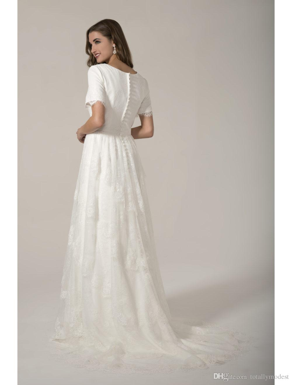 Lace Modest Wedding Dresses With Short Sleeves Scoop Neck Buttons Back Boho Women Wedding Gowns Outdoor bridal Gowns Custom Made