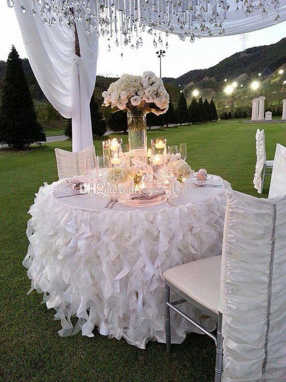 White Ivory Ruffled Table Skirt Curly Willow Table Skirts Romantic Cake Dessert Organza Table Skirts For Weddings