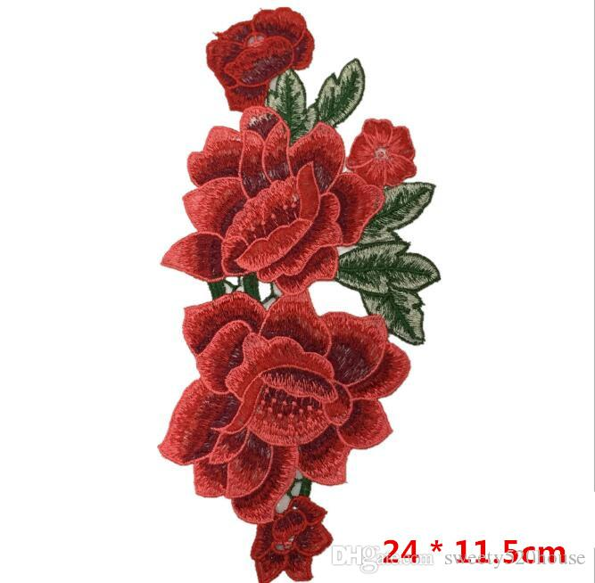 Resplendent Flower Red Rose Blossom Applique Embroidery Patch Sew-on Fabric Sticker DIY Cloth Decoration