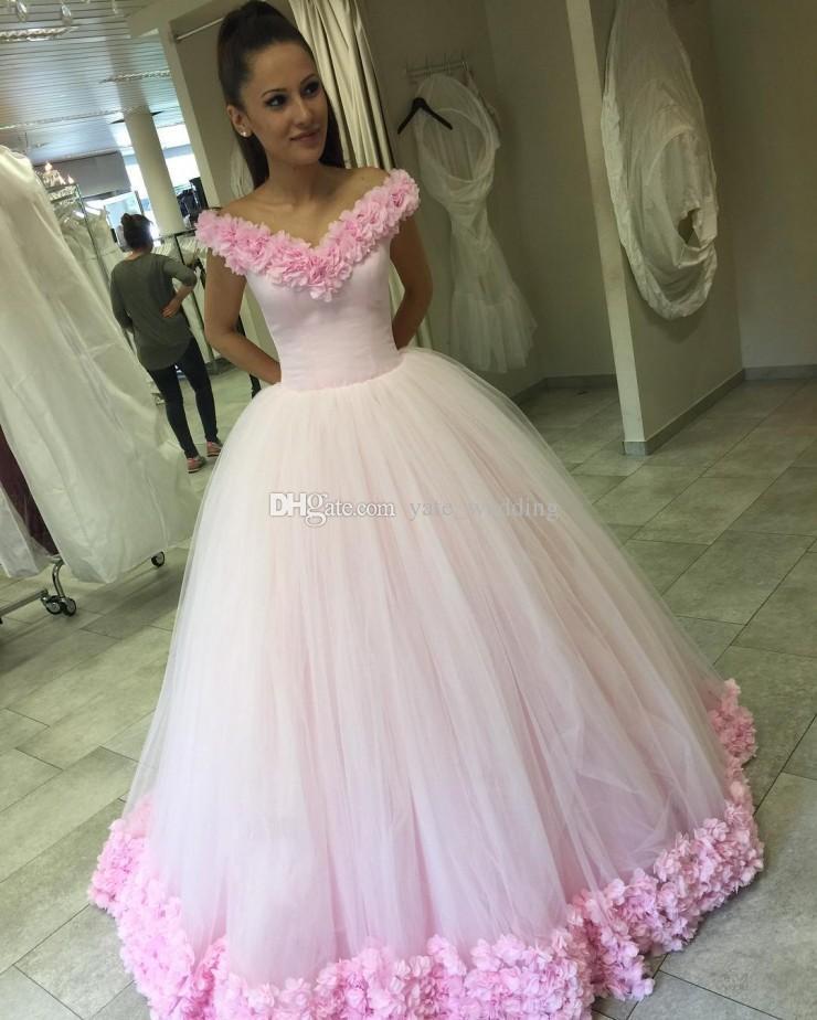 Fairytale Ball Gown Quinceanera Dresses Bateau Neck Off Shoulder Tulle Flowers Light Sky Blue Pink Debutante Sweet Sixteen Dresses