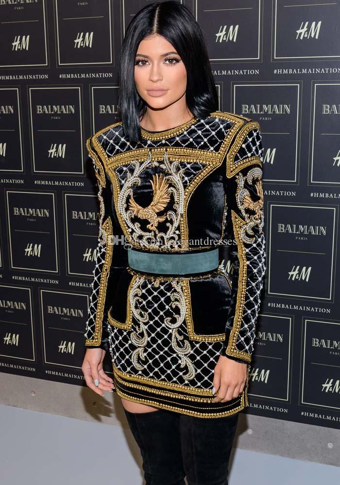 2018 Abito corto a maniche lunghe con collo alto Kylie Jenner mostra abiti da ballo di sostegno Oscar Abiti da celebrità Vestiti da red carpet Abiti da sera