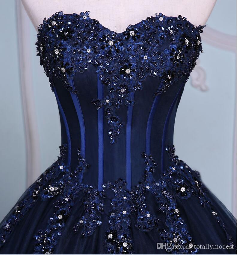 Abito da sposa blu navy lungo abiti da sposa colorati tesoro in rilievo in rilievo appliques corsetto non bianco abiti da sposa non tradizionale