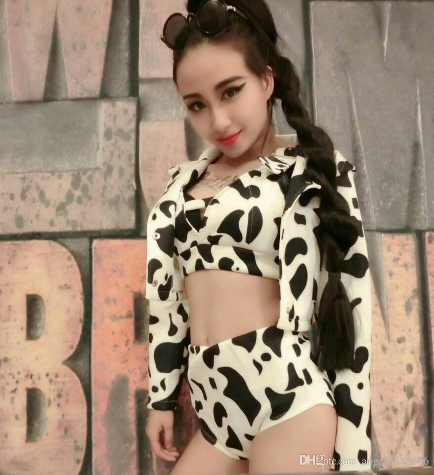 New female team stage costumes white black sexy bra shorts jacket set clothing hip hop jazz dance performance costumes for singer