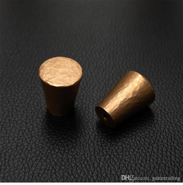 perilla sólida simple del cajón de los muebles puerta del zapato del guardarropa sola manija del agujero empuje redondo del cono