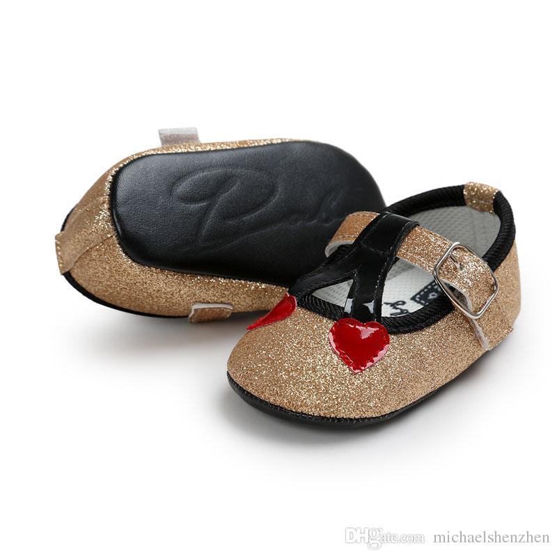 7 Renk Bebek kız madeni pul Prenses ayakkabı yumuşak taban PU deri ilk yürüteç ayakkabı çocuk yenidoğan maccasions Toka Kayış ayakkabı B001