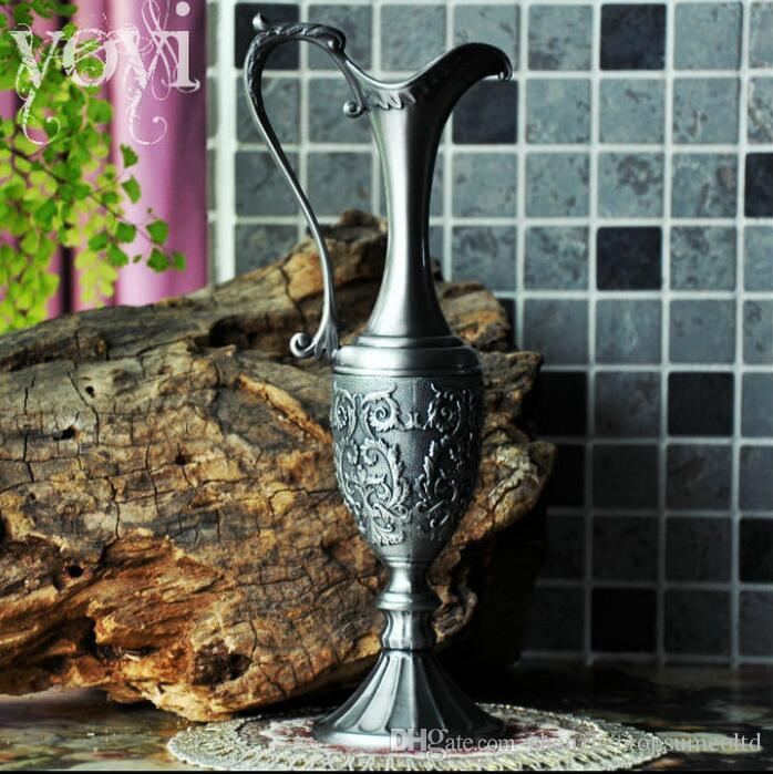 Home Decoration Metal Alloy Tabletop Vase Vintage Flower Carved
