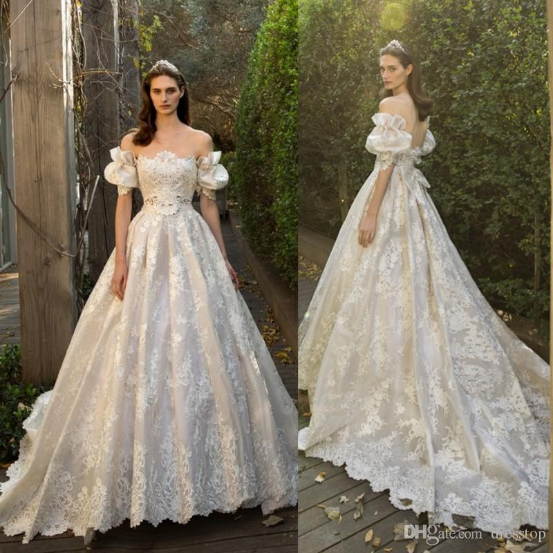Discount 2017 Vintage A Line Lace Applique Wedding Dresses With