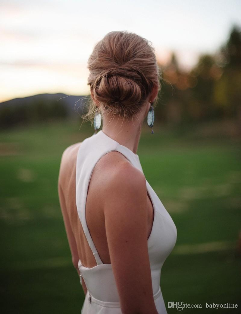 Plain Simple raso Backless estate abiti da sposa Guaina Western Garden Beach Matrimoni Halter Neck Corte dei treni