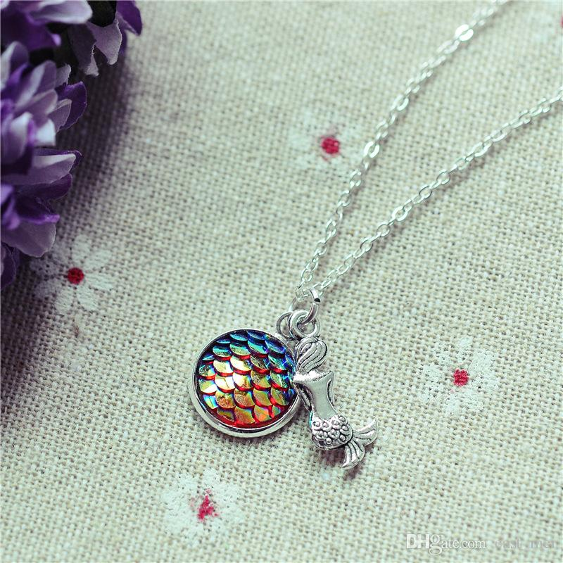 Hot sale Explosive Fish Scales Time Gemstone Flat Bend Pendant Necklace N523 with chain a