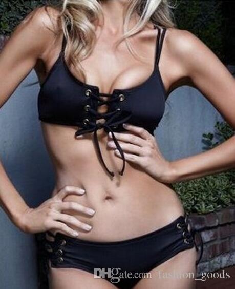 Donne di costumi da bagno femminili sexy neri di alta qualità che indossano un costume da bagno bikini diviso di corda NS036