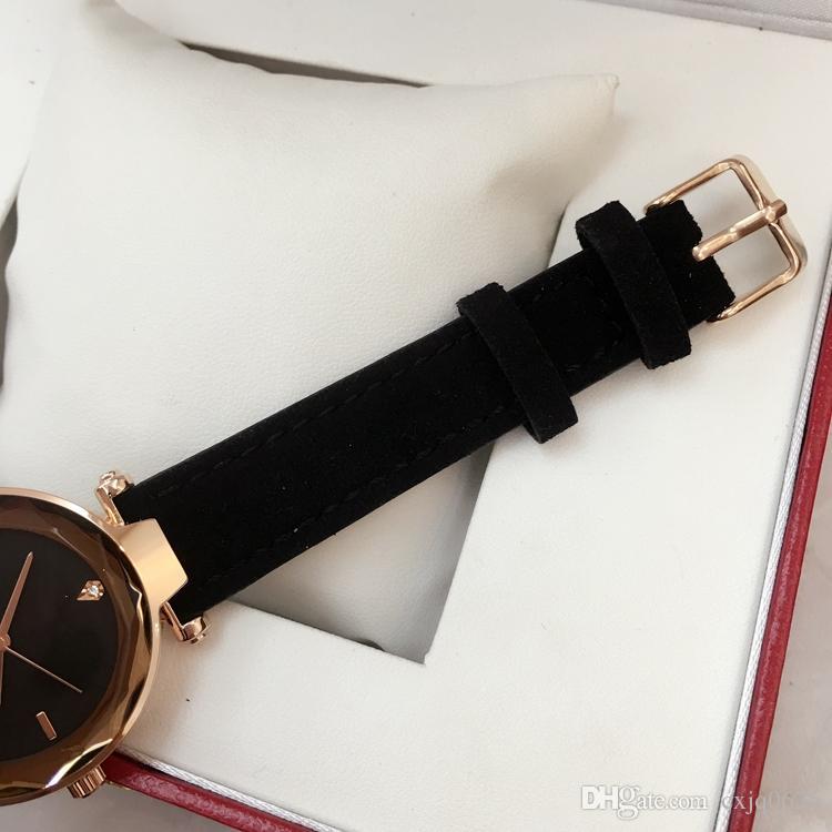 2019 패션 여성 가죽 시계 레드 / 그레이 / 블랙 / 그린 / 레드 쿼츠 시계 아가씨 드레스 럭셔리 손목 시계 유명한 디자인 JaRelojes De Marca Mujer
