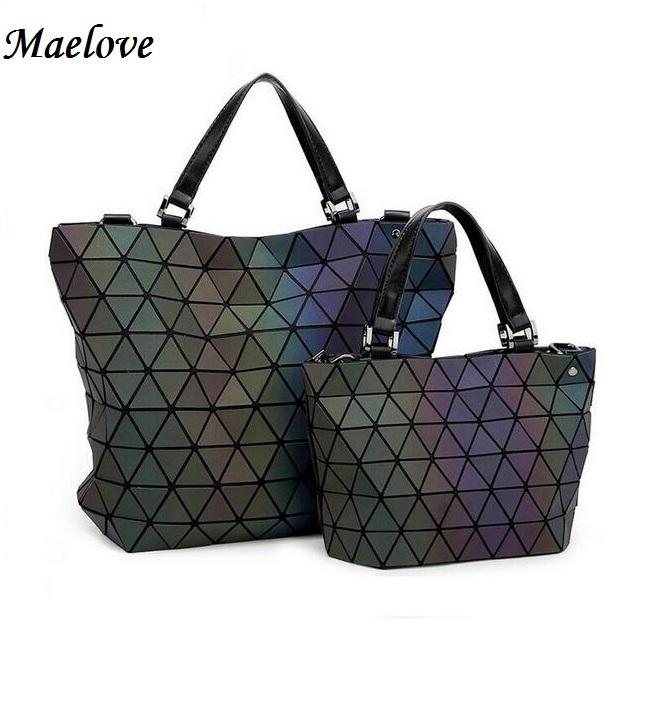 d62a4613deca Wholesale Maelove Luminous Bags Women Geometry Lattic Sequins Mirror Saser  Plain Folding Bags Casual Tote Handbags Italian Leather Handbags Luxury  Handbags ...