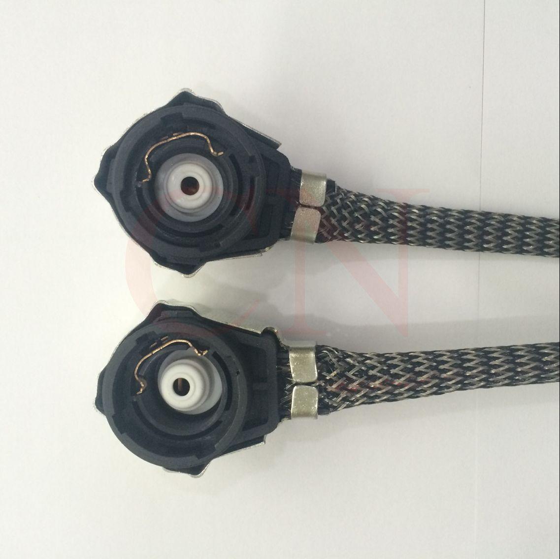 Alta Calidad 2 UNIDS D2S D2C C2R Xenon SOCKET para HID Bombilla Socket Wire Plug Adaptador de Cable Convertidor Conectores