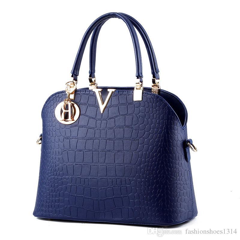 57397239a456 2017 New Fashion Bags Crocodile Leather Handbags Women Famous Brand V Metal Designers  Shoulder Bag Crossbody Messenger Bags Lady Casual Tote Wholesale Bags ...