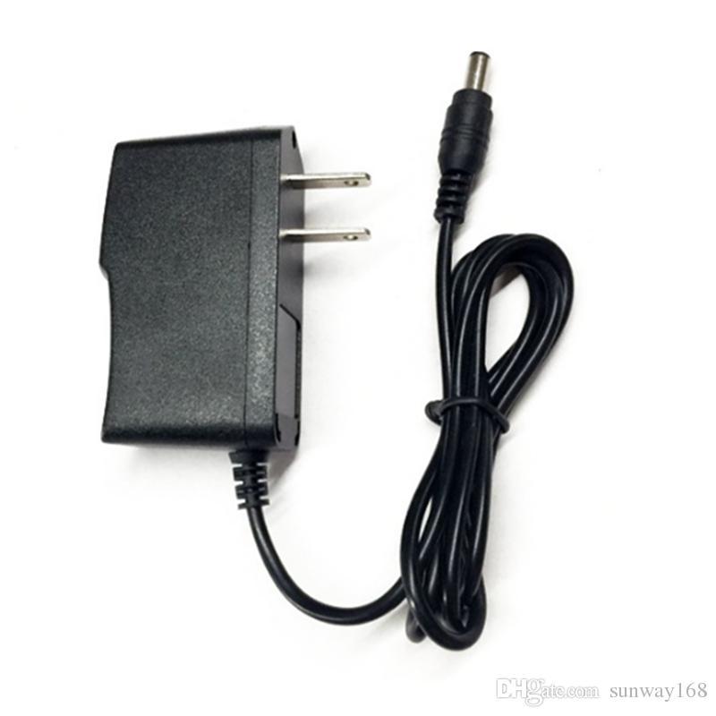 Adattatore di corrente alternata a commutazione universale 12V 1A Adattatore 1000mA Spina UE / USA Connettore 5,5 * 2,1mm