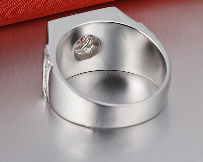 Lüks 1Ct Yuvarlak Kesim Hakiki SONA Sentetik Elmas Yüzük Erkekler için Yaygın 925 Ayar Gümüş Platin Kaplama Yüzükler Hediye