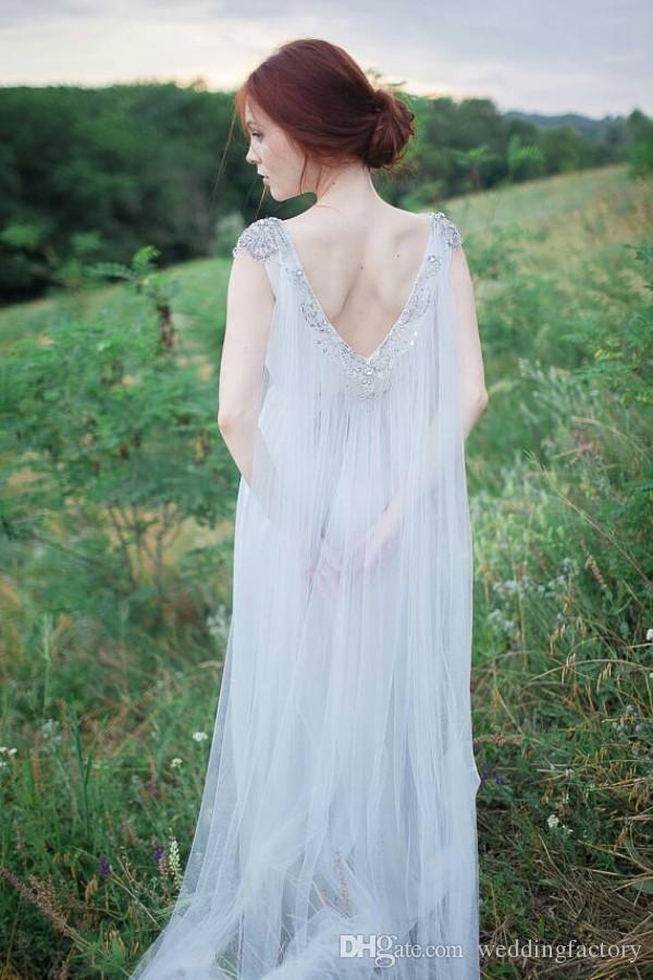 Vestido de novia de hadas romántico Una línea bohemia espalda abierta Vestidos de novia Sheer Bateau con cuentas escote Tren que fluye Vintage Beach vestido de boda